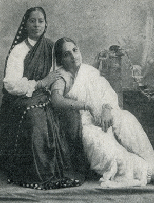 Photo of Gurubai  Karmarkar with a patient,c.1915. Congregational Library Exhibit