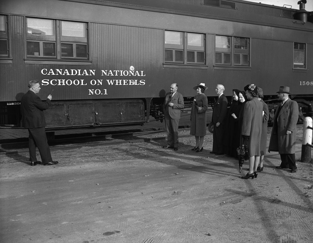 School on Wheels Press Shot